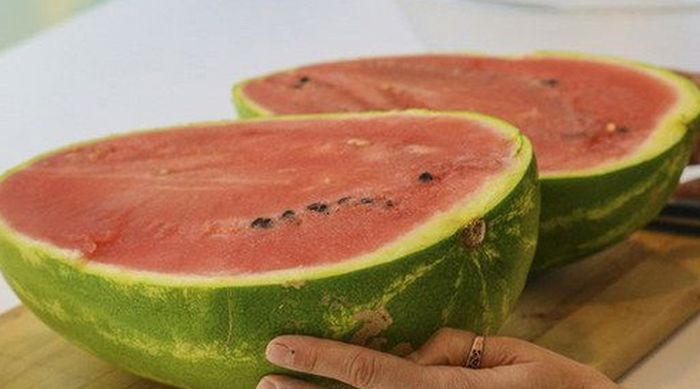 How To Make The Most Amazing Watermelon Jell-O (5 pics)