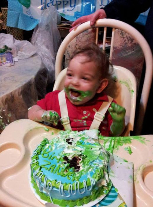 These Kids Love Cake A Little Too Much (29 pics)