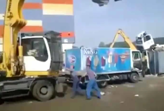 Crane Operator Destroys A Truck During Fight