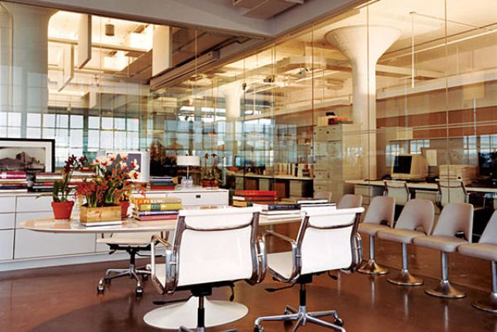 Workspaces Where Geniuses Get The Job Done (42 pics)