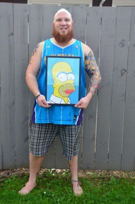 This Is The Biggest Homer Simpson Fan On The Planet (7 pics)