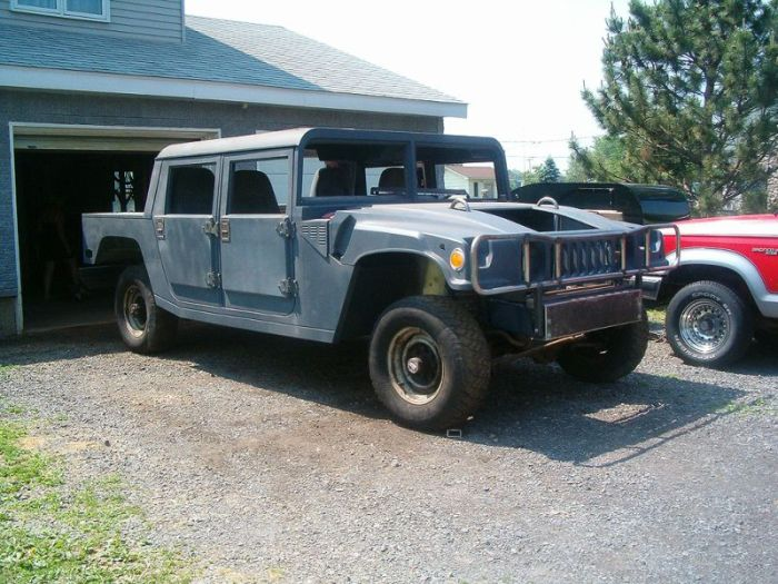 Ford F-150 Converted Into A Hummer H1 (23 pics)