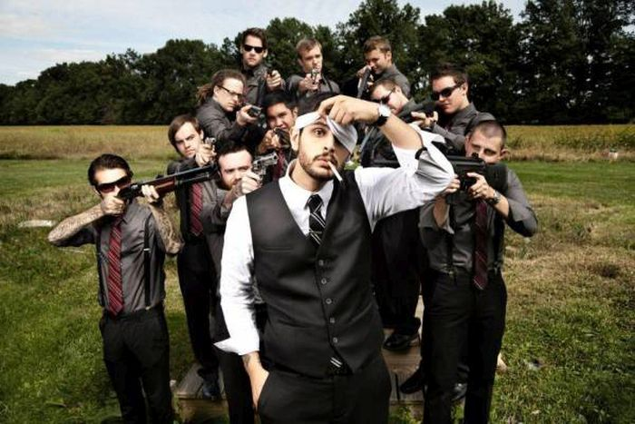 Groomsmen Photos With A Twist (21 pics)