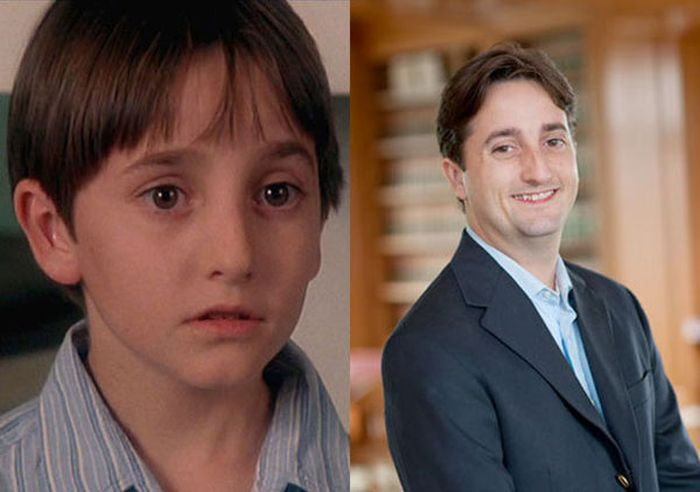 90s Childhood Stars Back In The Day And Today (23 pics)