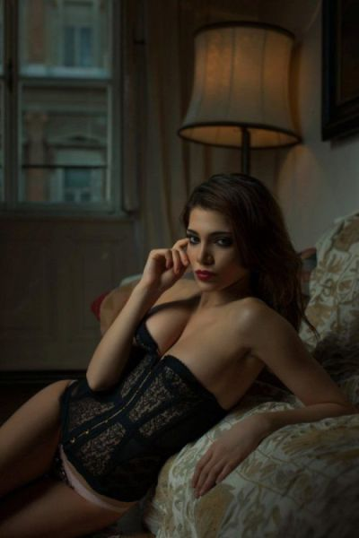 Lingerie And Ladies Go So Well Together (66 pics)