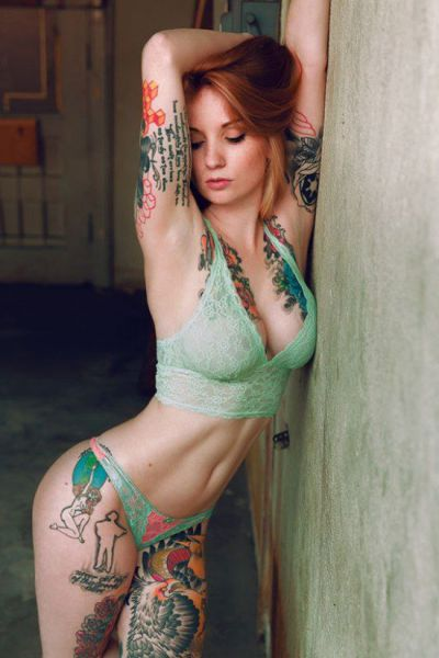 Girls And Tattoos Go Good Together (46 pics)