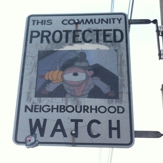 These Neighborhood Watch Signs Aren't Messing Around (15 pics)