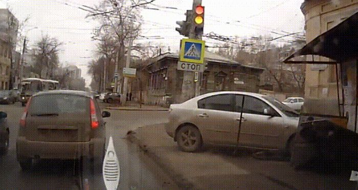 This Is Why You Don't Want To Drive In Russia (25 gifs)