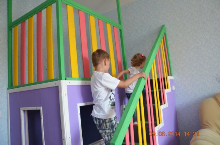 A DIY House For Little Kids (17 pics)