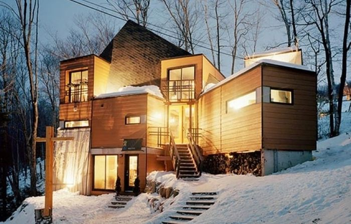 Shipping Containers Turned Into Cool Homes (18 pics)
