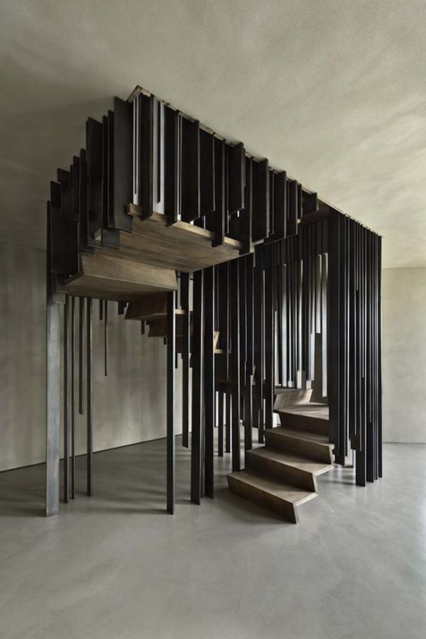 Optical Illusion Staircase (5 pics)