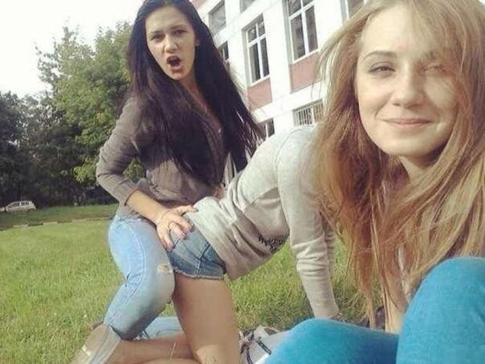 Photos You'll Need To Look At Twice (42 pics)
