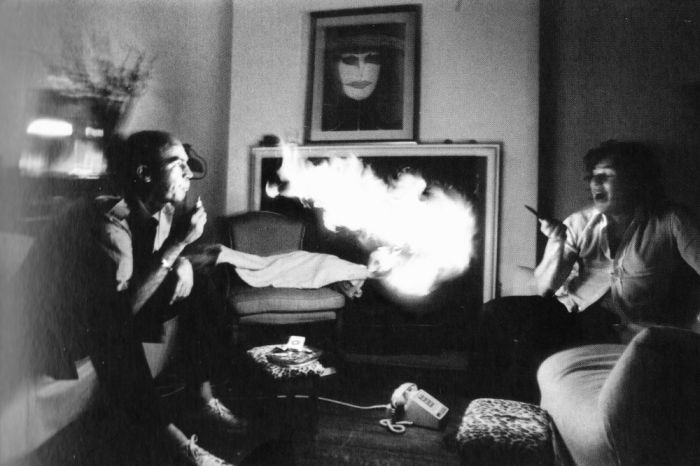 A Drugged Out Day In The Life Of Hunter S. Thompson (2 pics)