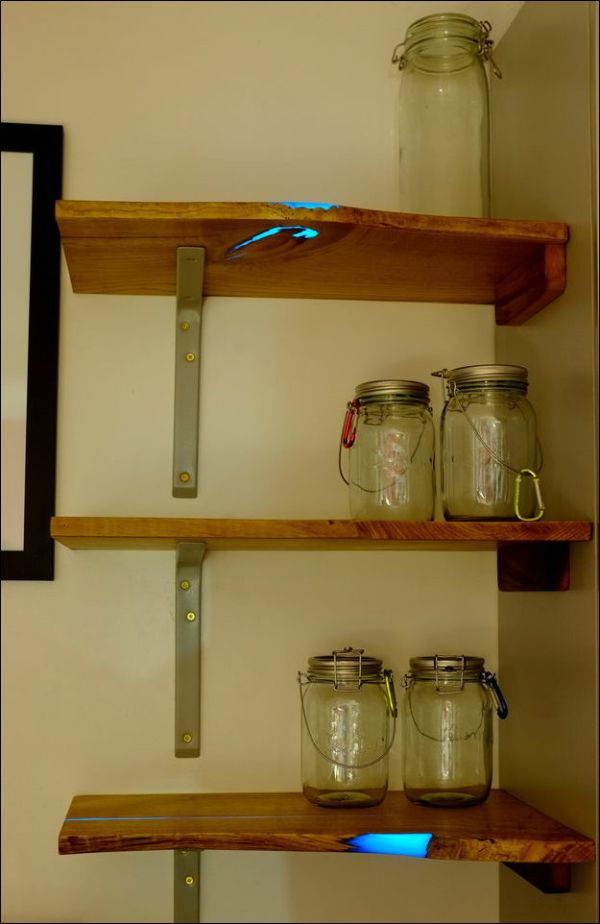 Homemade Shelves That Glow (17 pics)