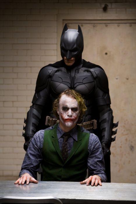 Candid Photos From The Dark Knight Interrogation Scene (32 pics)