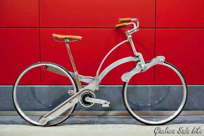 Full Size Bicycle Folds Up Like An Umbrella (21 pics)