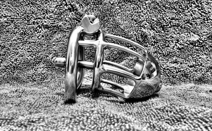 Chastity Belt For Men (6 pics)