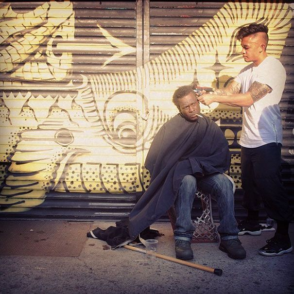 New York Stylist Gives Free Haircuts To The Homeless (11 pics)