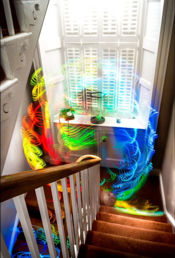 Amazing Images Show How Wi-Fi Works (8 pics)