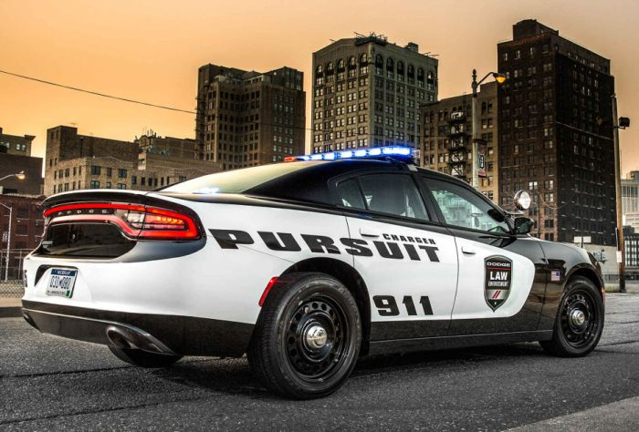 The New Dodge Cop Cars Are Intense (6 pics)