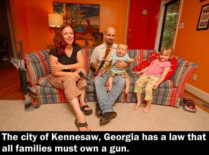 Crazy Laws You Won't Believe Exist (25 pics)