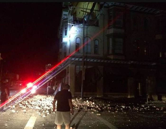 Up Close And Personal With A Napa Earthquake (25 pics)