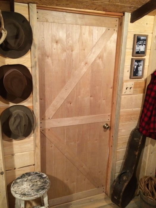 From Basement To Man Cave For Only $107 (21 pics)
