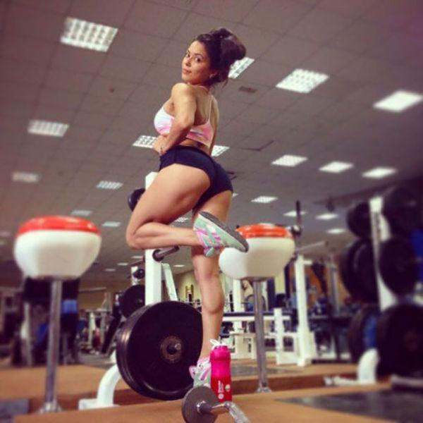 Fit And Sporty Girls Are Strong, Sexy And Fine (53 pics)