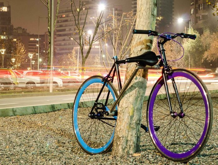 This Bike Is Impossible To Steal (5 pics + video)