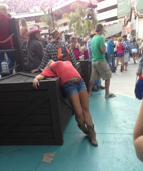 What Most Of Your Weekends Look Like (30 pics)