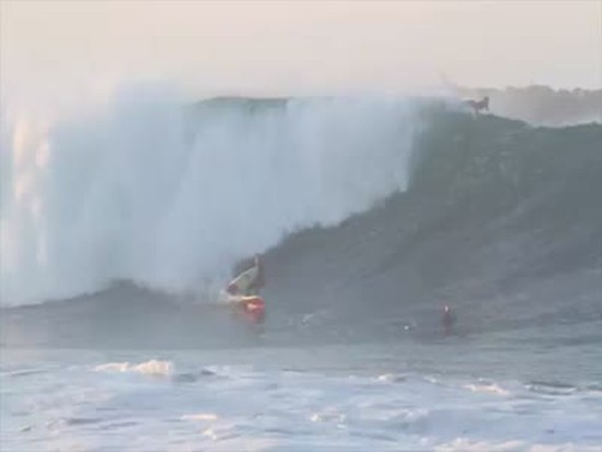 Awesome Surfing Skills on the Huge Wave