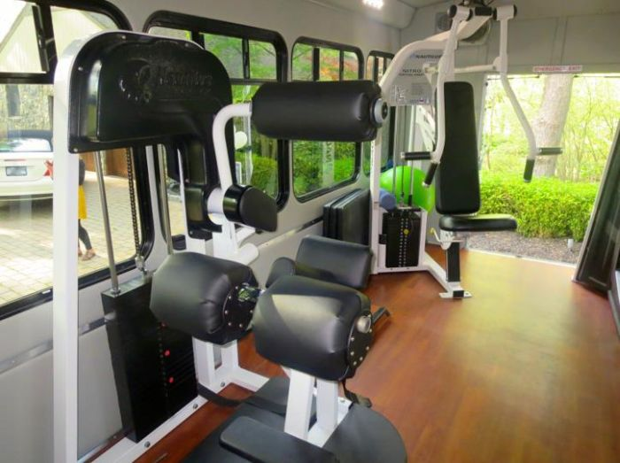 Long Island's Gym On Wheels (9 pics)