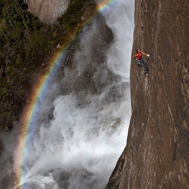Why You Need To Follow National Geographic On Instagram (40 pics)