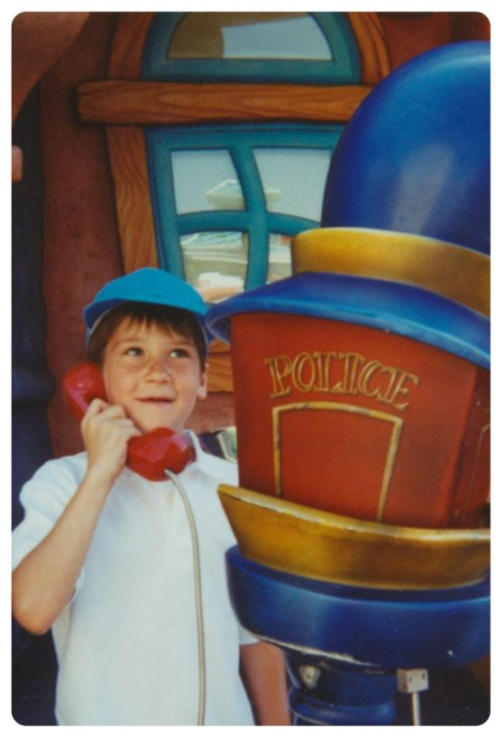 Adventures At Disneyland Back In The Day And Today (3 pics)