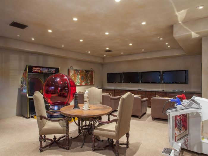 What A $32 Million Dollar House Looks Like (35 pics)
