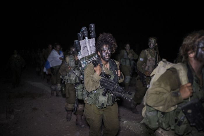 The Brave Women Of The Israeli Army (35 pics)
