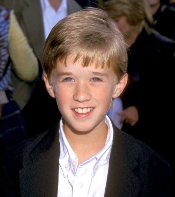 Haley Joel Osment Then and Now (5 pics)