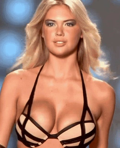 Big Busty Models Hot Enough To Melt The Catwalk (22 gifs)