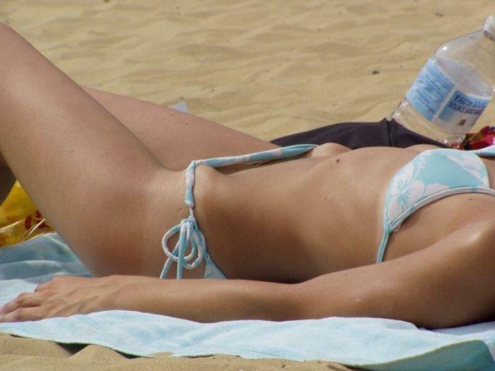 Behold The Best Bikini Bridges (23 pics)