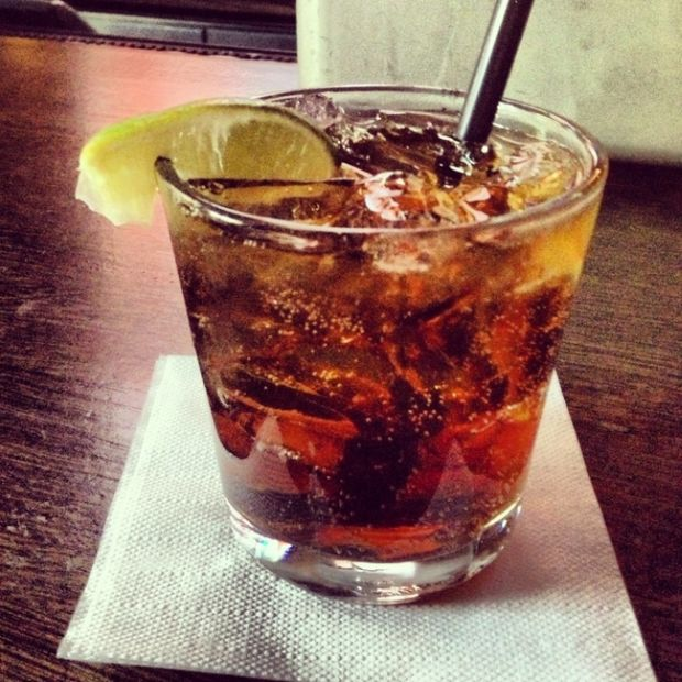 The 9 Deadliest Drinks You Can Order At The Bar (9 pics)