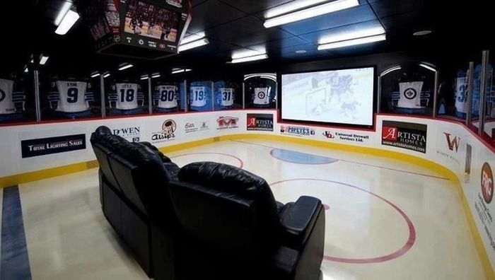 These Man Caves Are Simply Epic (26 pics)