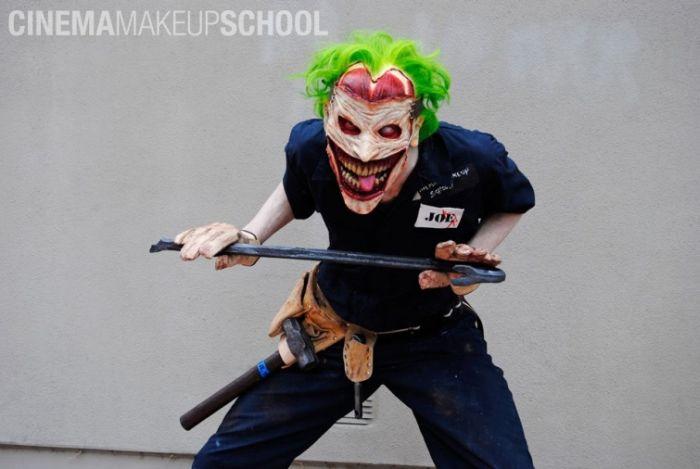 Scary Joker Mask (13 pics)