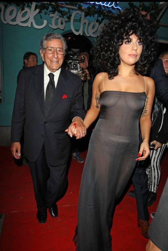 Lady Gaga Goes Braless In Belgium (14 pics)