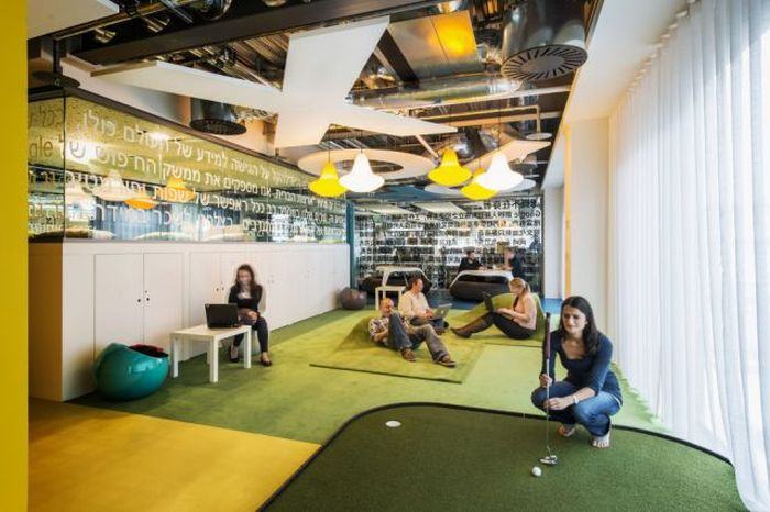 An Inside Look At Google's Dublin Office (75 pics)