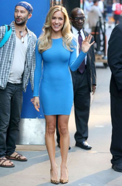 A Tight Dress Is A Good Dress (62 pics)