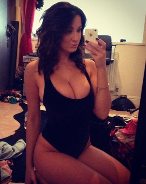 These Beautiful Busty Women Will Make Your Heart Skip A Beat (54 pics)