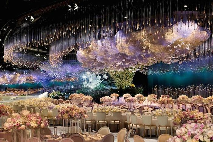 Wedding Reception Looks Like A Living Dream (5 pics)