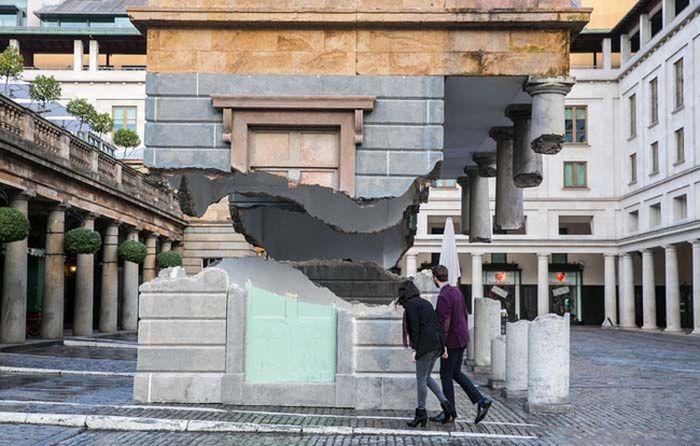 Floating Building Optical Illusion (6 pics)