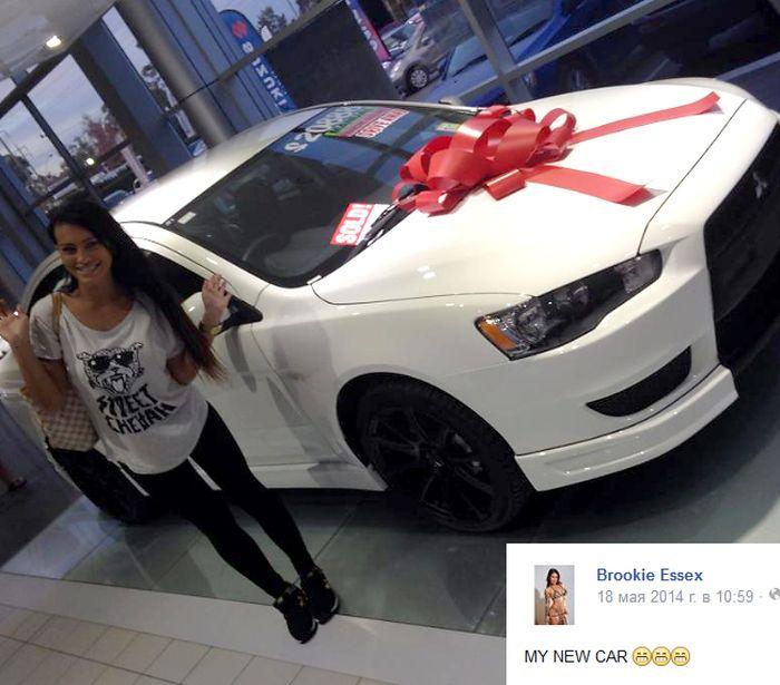Hot Babe Gets A New Car (3 pics)