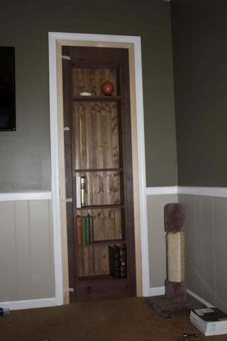 Building A Secret Door DIY (22 pics)